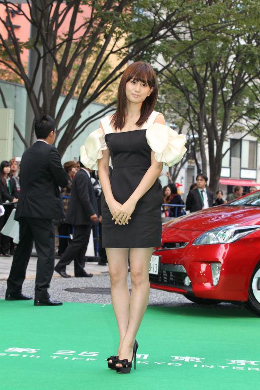 第25回東京国際映画祭が開幕! 前田敦子ら豪華女優陣がグリーンカーペットに登場!