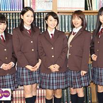 仙石みなみ、吉川友、新井愛瞳、関根梓、田﨑あさひ(左から)