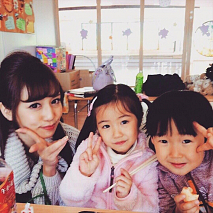 丸高愛実(左)
