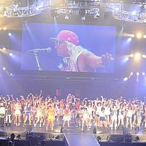 DJ KOO(真中)、「IDOL NATION×TOKYO IDOL FESTIVAL~KOO MEETS IDOL KOO輩大集合!」全出演者