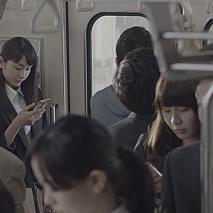 早見あかり 「Yahoo! JAPAN」アプリCMの様子 (C) 2015 Yahoo Japan Corporation. All Rights Reserved.