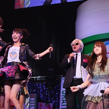 『GUM ROCK FES. In 日本武道館』より