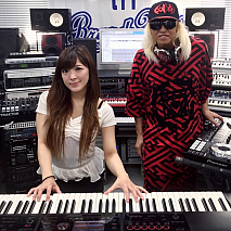 高木里代子、DJ KOO
