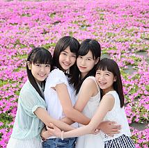 「マザー牧場 2016 イメージガール」。(左から)宮園明優、瑚々、白上心望、花田優里音