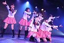 「初お披露目1周年記念特別公演」より(c)AKS