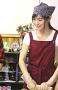 太巻き寿司作りに挑戦する田﨑