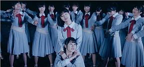 『暗闇求む』のミュージックビデオ(Short ver.)