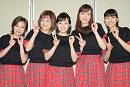 モーニング娘。初期メンバー。(左から)福田明日香、中澤裕子、安倍なつみ、飯田圭織、石黒彩