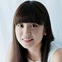 メインボーカル:武田 雛歩(たけだひなほ)。1999年3月3日生まれ。民謡 四国チャンピオン全国大会準優勝 、TIFカラオケバトル2018優勝