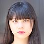 ギター:浜邊 咲良(はまべさくら)2001年6月14日生まれ。hillsstyle 専属モデル 、KIRIN午後の紅茶モデル
