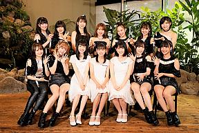 モーニング娘。'19 新メンバー左から3番目から、山﨑愛生、岡村ほまれ、北川莉央