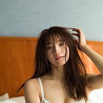 傳谷英里香 (c)細居幸次郎/集英社 週刊プレイボーイ
