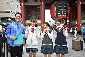 (左から)土屋伸之(ナイツ)、岸本ゆめの、平井美葉、前田こころ