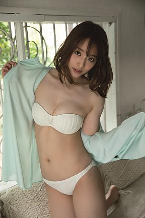 神部美咲  撮影/西條彰仁 (c)ヤングアニマル