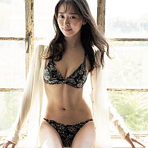 中川知香(C)光文社/週刊FLASH 写真◎丸谷嘉長